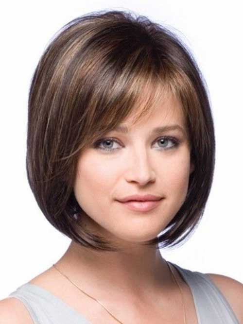 Short Haircuts for Round Faces-18