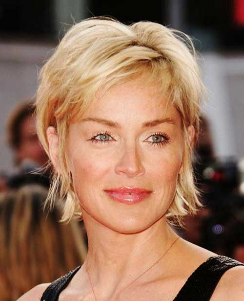 Short Haircuts For Women Over 40 23
