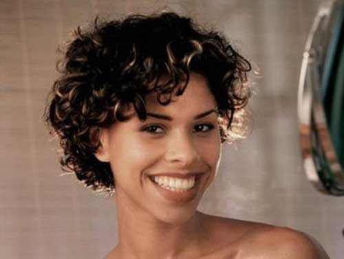 Short Natural Hairstyles for Black Women-6
