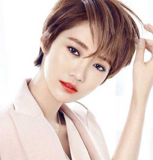 Celebrity Pixie Cuts-7