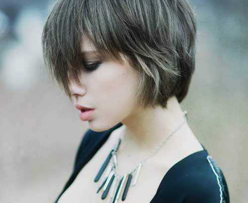 Layered Short Haircuts-9