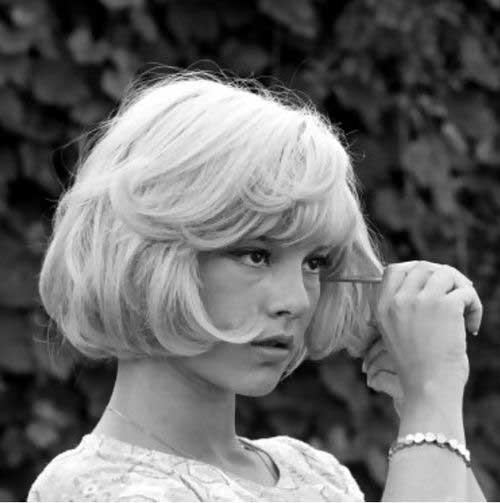 French Bob Haircut-13