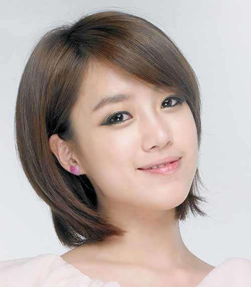 Short Haircuts for Fine Straight Hair-14