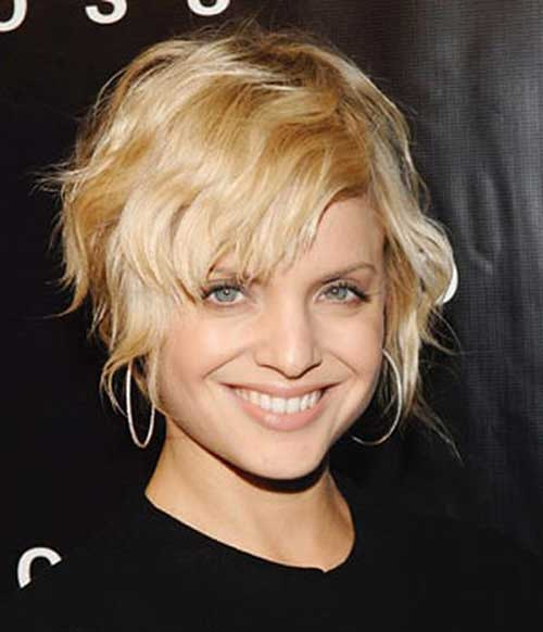 Short Hairstyles for Wavy Hair-14