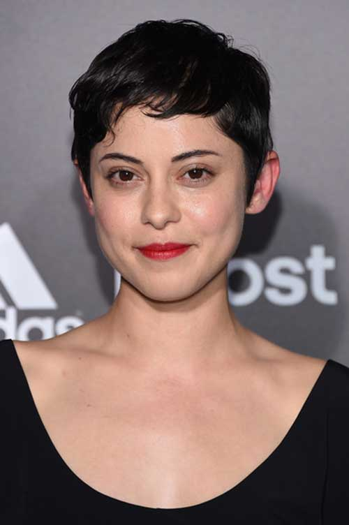 Celebrity Pixie Cuts-16