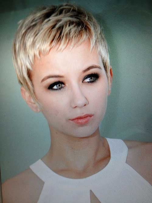 Short Hair for Round Faces-19