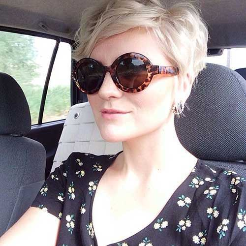 Short Hairstyles for Wavy Hair-7