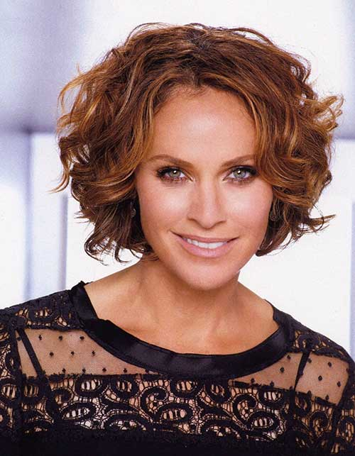 Amy Brenneman Curly Bob