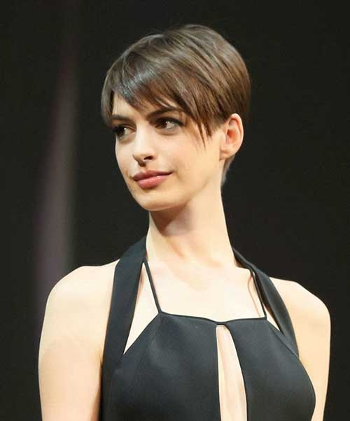 Anne Hathaway Growing Pixie Hair