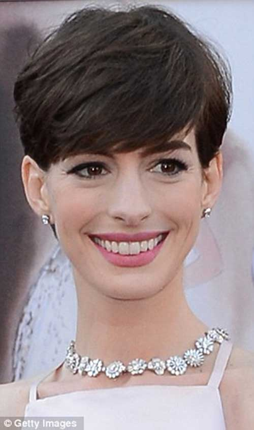 Anne Hathaway Nice Pixie Cuts