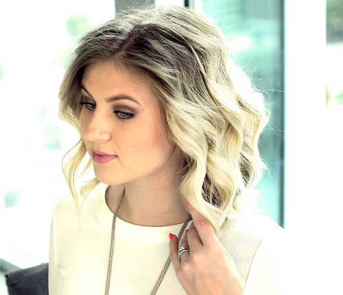 Cool Wavy Short Haircuts Ideas for Women
