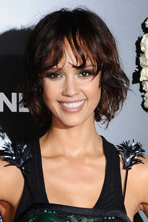 Jessica Alba Wavy Dark Bob Hairstyles with Bangs
