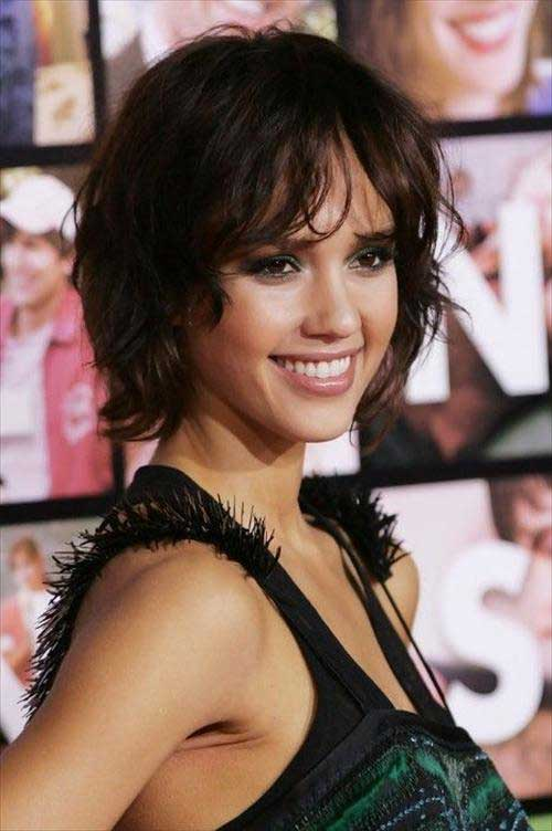 Jessica Alba Layered Short Bob Cut Ideas
