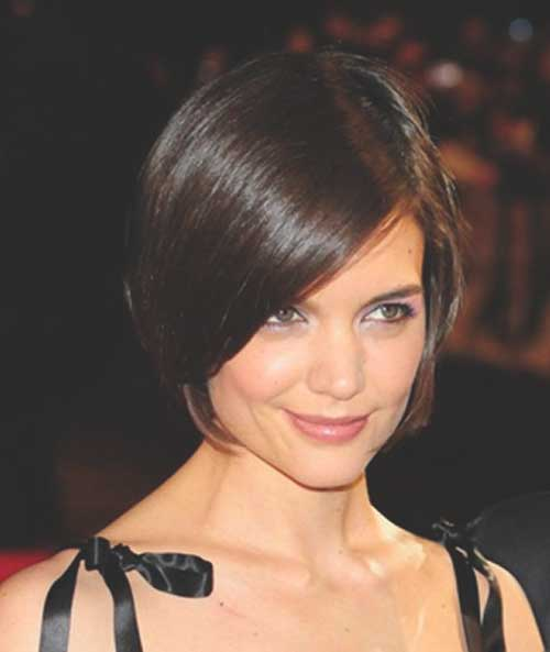 Katie Holmes Side Parted Bob