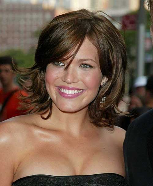 Mandy Moore's Dark Brown Bob Hairstyles