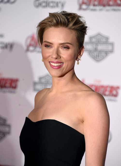 Scarlett Johansson Short Pixie Hair