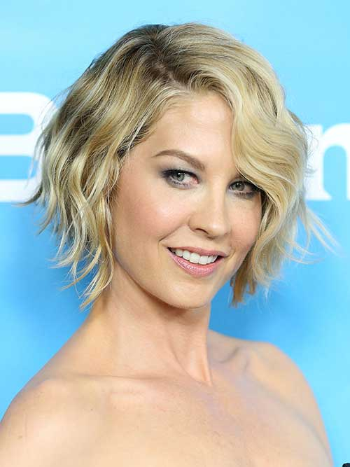 Short Cute Cuts for Wavy Hair