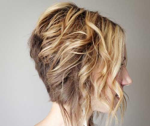 Short Loose Curly Hair Stacked Haircut