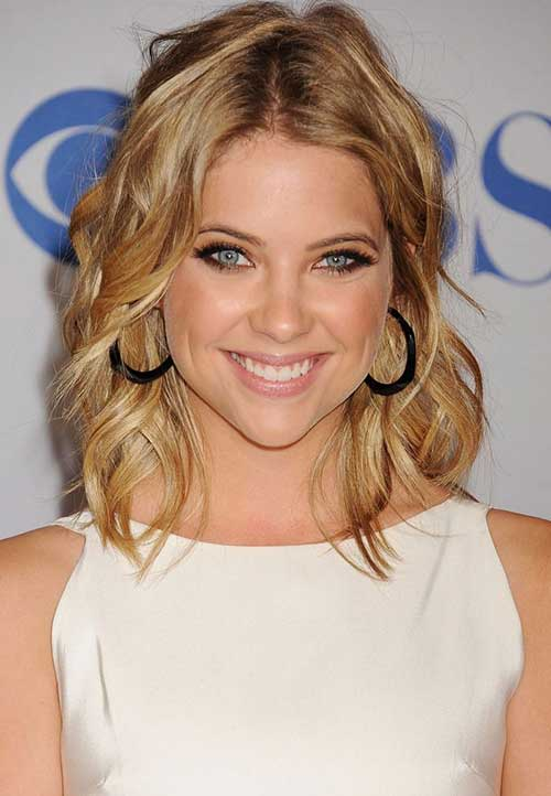 20 Short Shoulder Length Haircuts