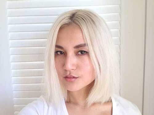 Straight Short Bleach Blonde Hairstyles
