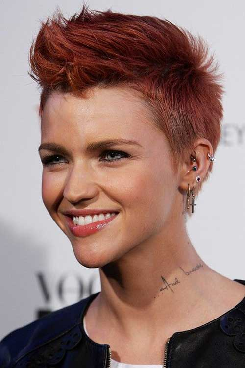 Stylish Hairstyles for Short Hair