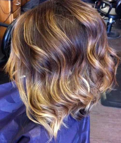 Wavy Inverted Bob Hairs with Ombre