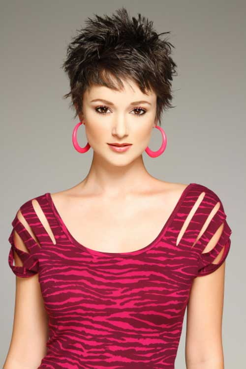 15 Very Short Female Haircuts