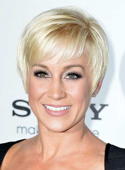 Pixie Cut with Bangs-15