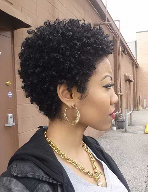 Short Natural Haircuts for Black Women-15