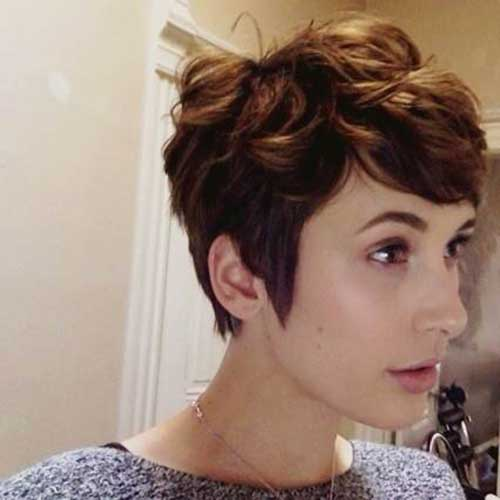 Chic Wavy Short Hairstyles Short Hairstyles Most - Styling curly pixie