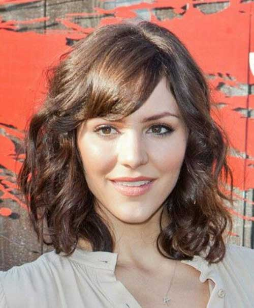 Best Medium Short Curly Hairstyles