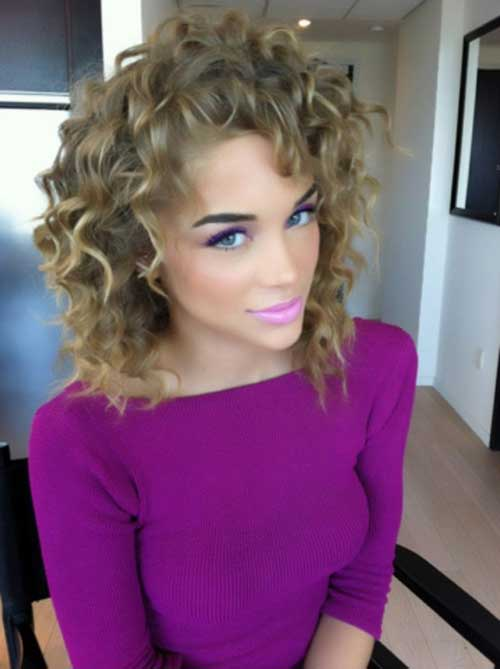 Medium Short Lovely Curly Hairstyles