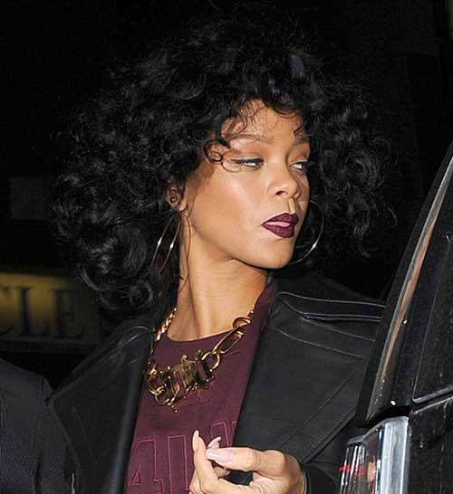 Rihanna Curly Bob