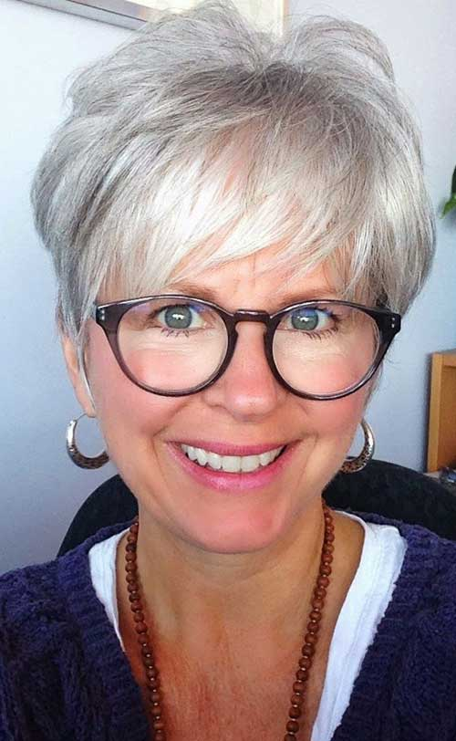 Short Pixie Hair Styles for Women Over 70