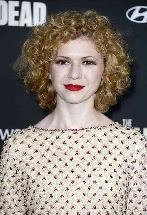 Short Hairstyles for Curly Blonde Hair and Round Face