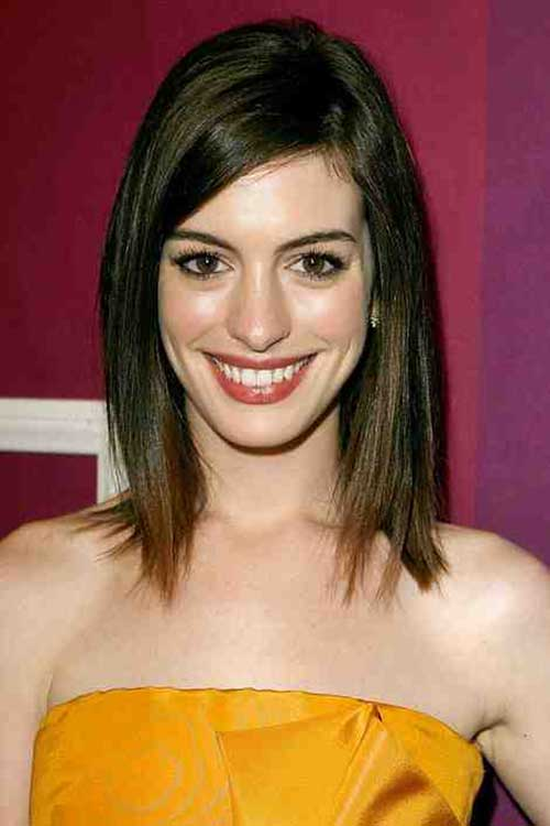 Short Shoulder Length Straight Bob Haircuts