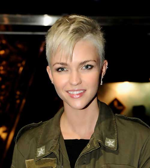 Short Spiky Haircuts-10