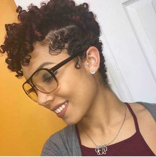 Short Curly Hairstyles for Black Women-13