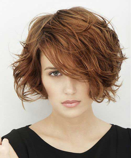 Short Haircuts for Thick Wavy Hair-15