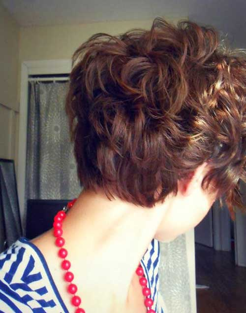 Pixie Cuts for Curly Hair-9