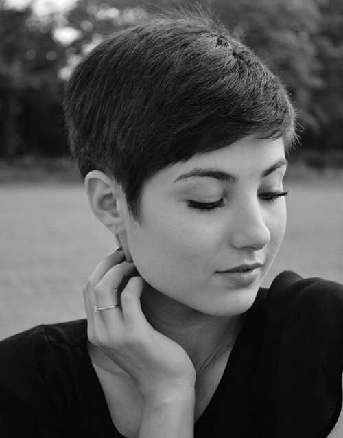 Short Pixie Hairstyles-6