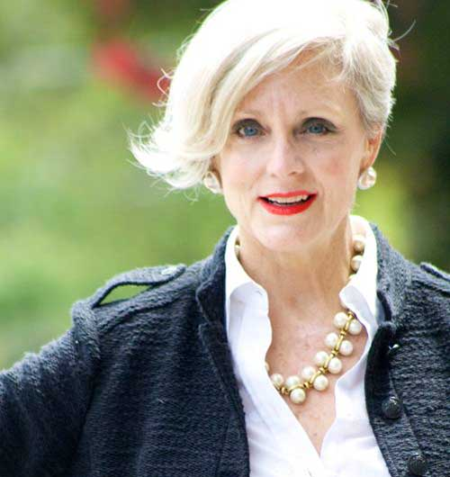 Short Hair Styles for Older Women-7