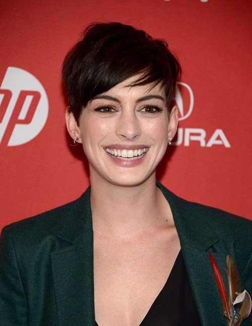 Anne Hathaway Medium Pixie Haircuts