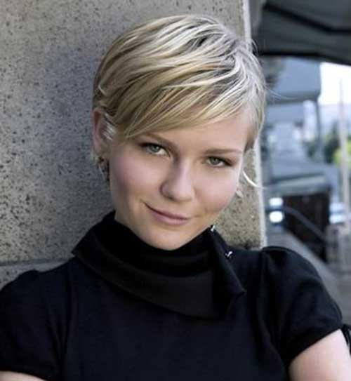 Blonde Pixie Haircut for Round Face