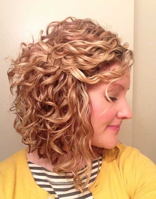 Cute Blonde Curly Short Hairstyles