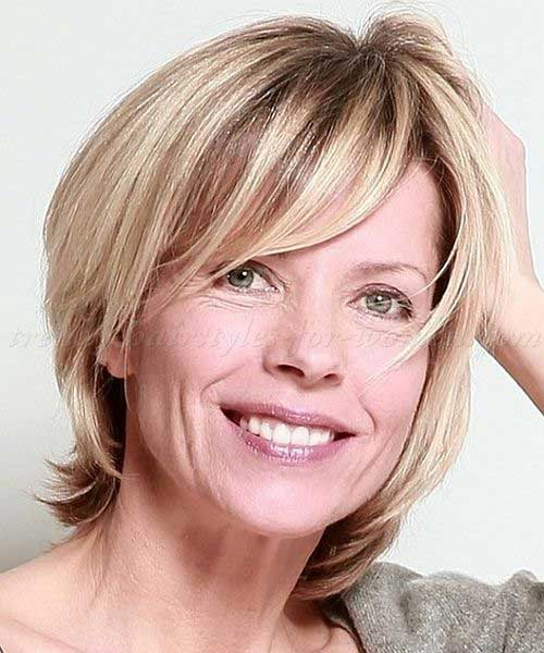 Fine Short Blonde Hair Style For Over 50