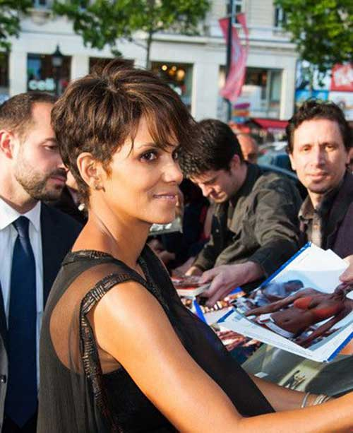 Halle Berry Medium Pixie Haircuts