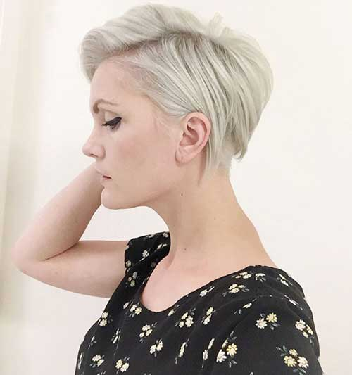 Light Blonde Short Pixie Cuts