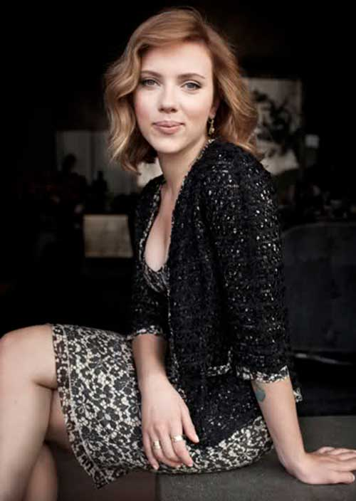 Scarlett Johansson Wavy Haircuts 2015