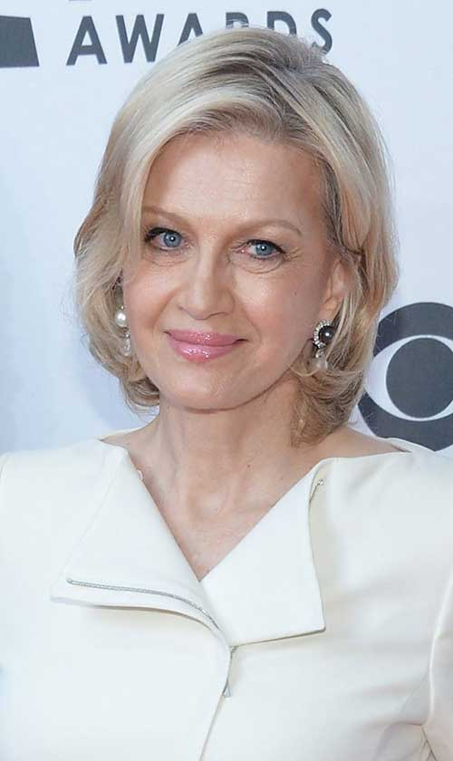 1 Short Blonde Hair For Older Women